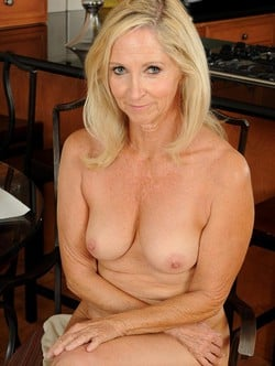 very hot, Do guys like hookup female doctors one the only way